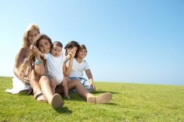 Земля бесплатно молодой семье от государства в 2020-2021 году: условия получения земельного участка