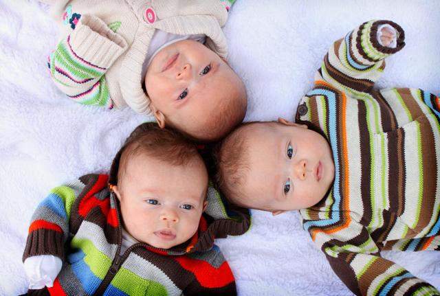 Льготы семьям с тремя детьми: права и привилегии при рождении третьего ребенка в 2020 году